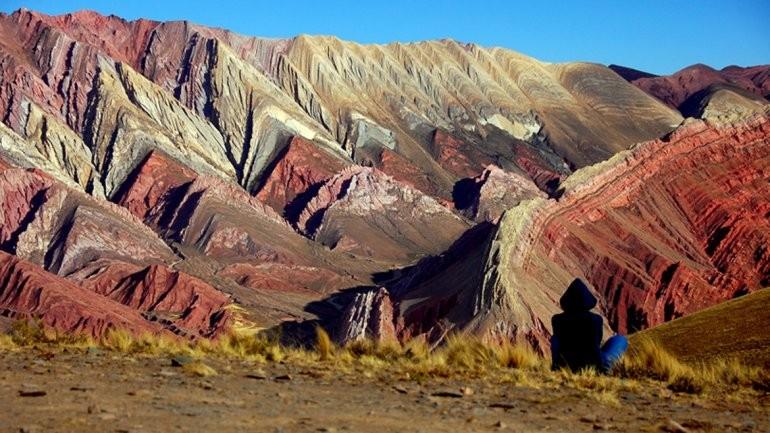 salinas-purmamarca-con-hornocal-12-de-diciembre